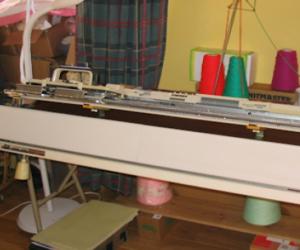 Knitmaster 700